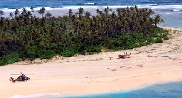 Escribieron SOS gigante en la arena  Tres náufragos en remota islita desierta logran ser salvados (+video)