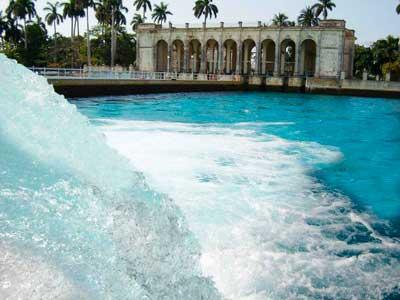 Cuba: La liquidez del líquido Suben los precios del agua y el cuartico está igualito